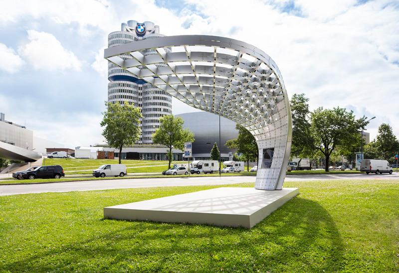 Neue Solarladestation Point.One (BMW Welt München)