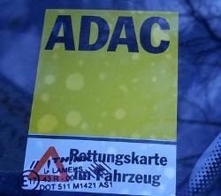 ADAC Rettungskarte für Elektrofahrzeuge unverzichtbar