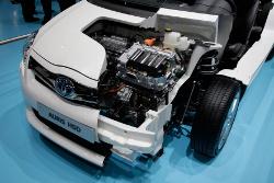 Toyota Auris Hybrid Schnittmodell