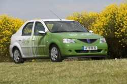 Sparsame LPG Modelle von Dacia auf dem Pariser Autosalon 2010
