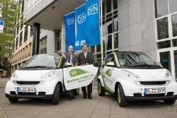 DIN Deutsches Institut für Normung e. V. nimmt 2 e-smarts in Betrieb
