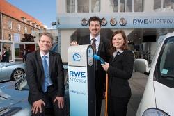 RWE und Renault bieten Informationen zur zukünftigen E-Mobilität auf den Kieler Wochen