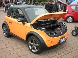 Der Tazzari Electric Zero stand auf der automechanika 2010 zur Probefahrt bereit