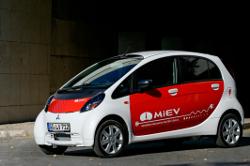 Der i-MiEV von Mitsubishi wurde mit dem Paul-Pietsch-Preis ausgezeichnet